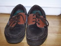 #(928) MEN'S BRITTANIA CASUAL SHOE SIZE 9 - $10 (H in Fort Hood, Texas