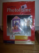 #(996) 4x6 PHOTO FRAME CRAFT KIT NEW - $10 in Fort Hood, Texas