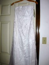 White Prom Dress Size 2 in Moody AFB, Georgia