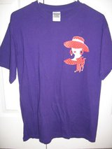 Purple Red Hat T-shirt size M in Columbus, Georgia